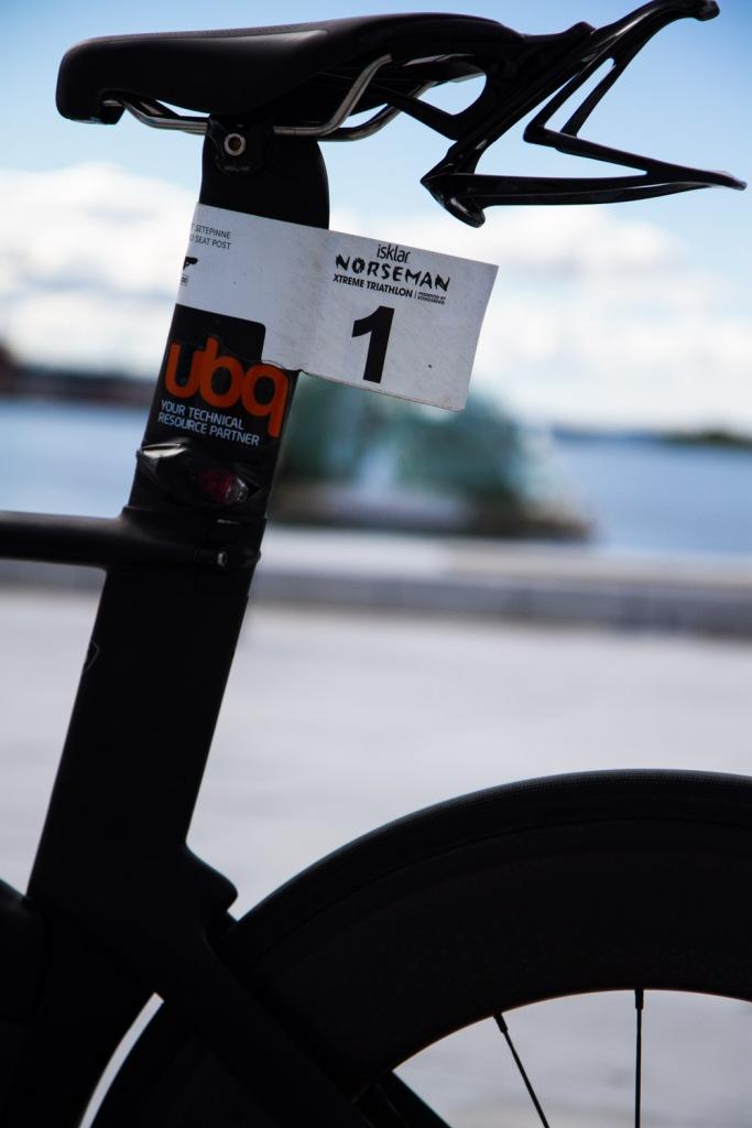 Specialized Shiv 2014 - Black - Triallan - Zipp 808 - Triathlon bike - Norseman-11