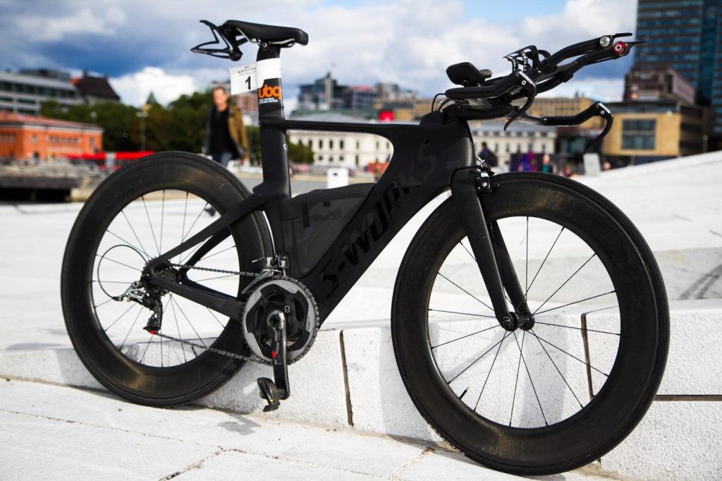 Specialized Shiv 2014 - Black - Triallan - Zipp 808 - Triathlon bike - Norseman-15