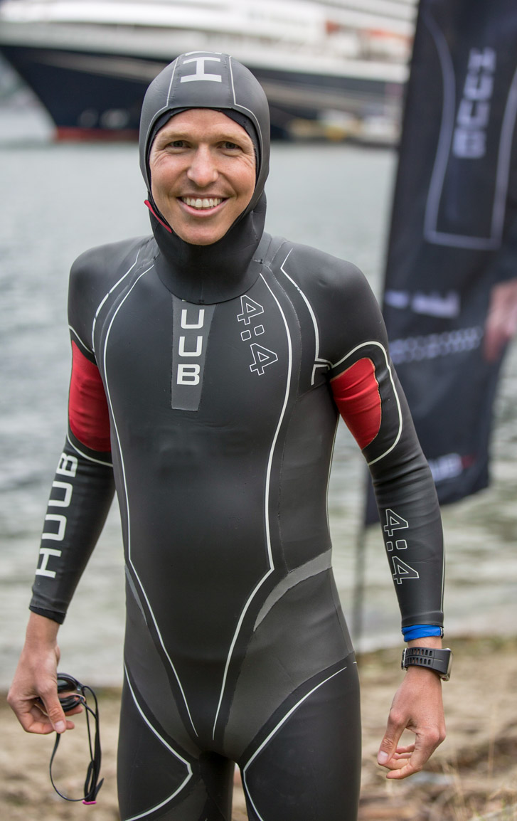 Bekledningstips for svømming i kaldtvann