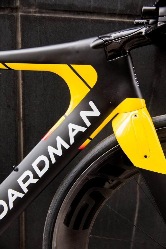 Triallan - Boardman TTE Signature - Allan Hovda - Adrena - Triathlon bike - aerodynamic - 2016-17