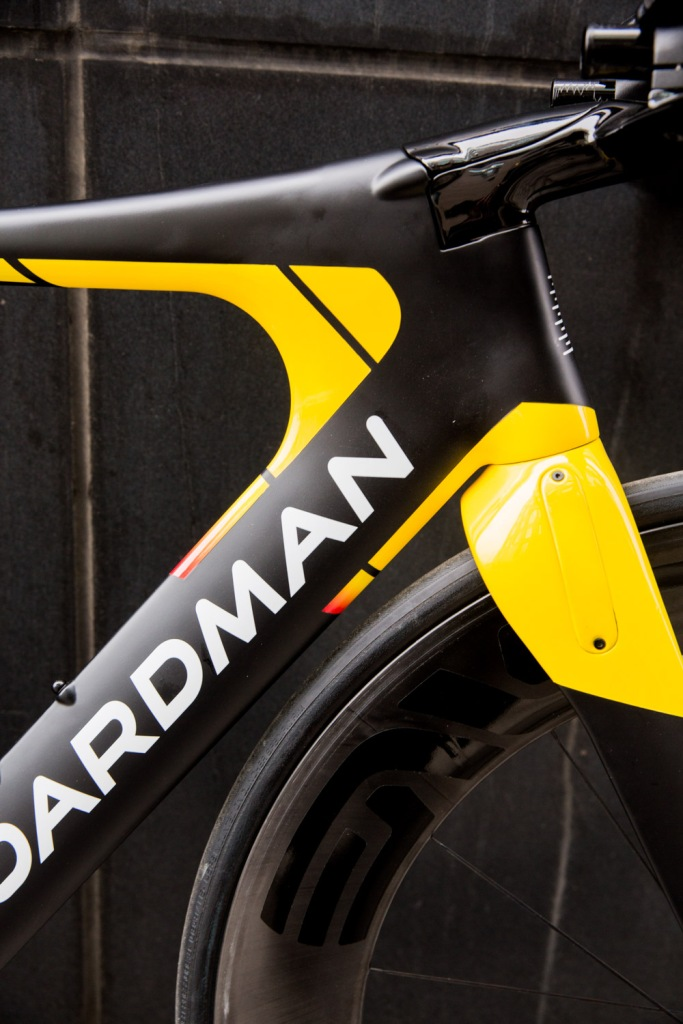 Triallan - Boardman TTE Signature - Allan Hovda - Adrena - Triathlon bike - aerodynamic - 2016-17