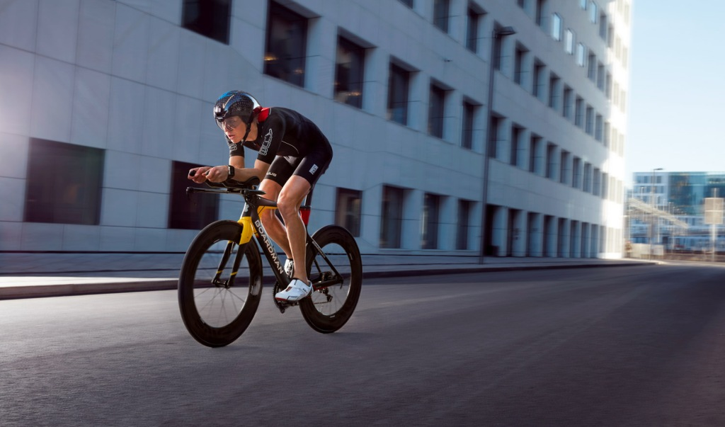Triallan - Boardman TTE Signature - Allan Hovda - Adrena - Triathlon bike - aerodynamic - 2016