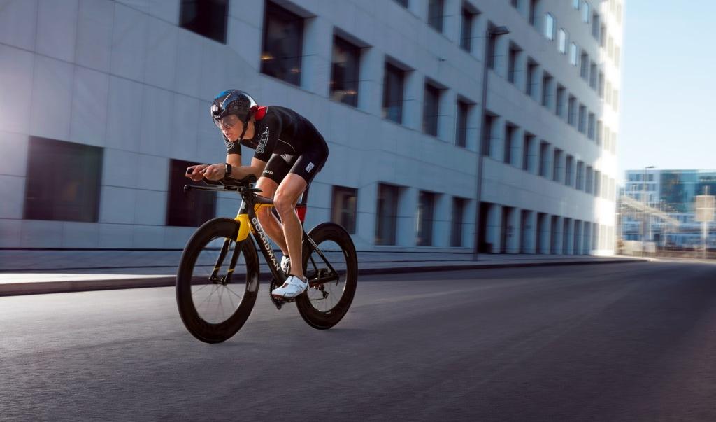 Triallan - Boardman TTE Signature - Allan Hovda - Adrena - Triathlon bike - aerodynamic - 2016 - HUUB DS - Foto: Rasmus Kongsøre