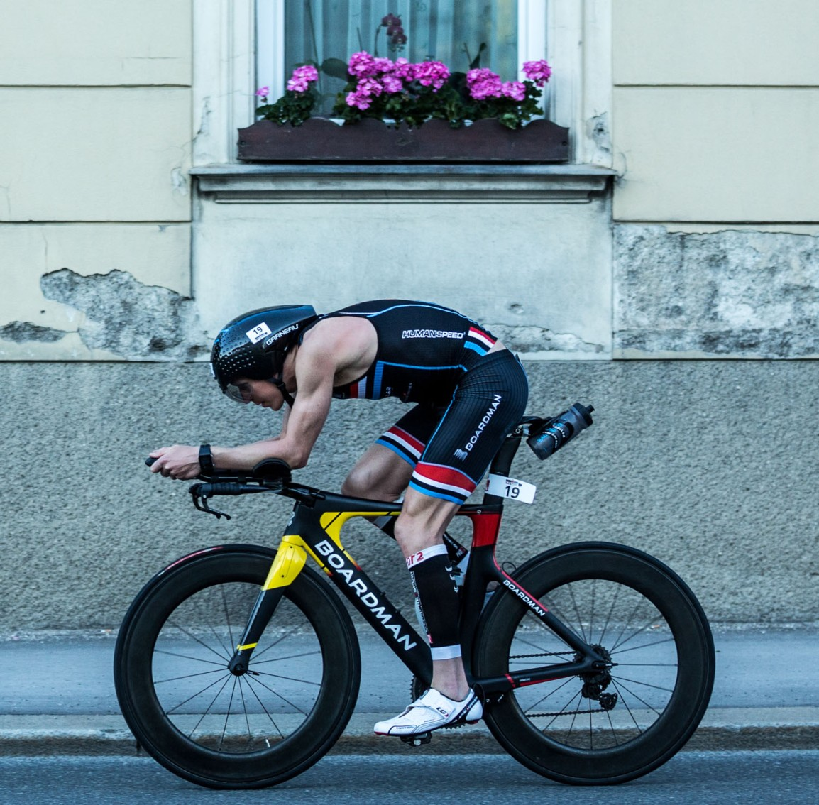 Tri/TT-bike vs Road bike – what should you choose?