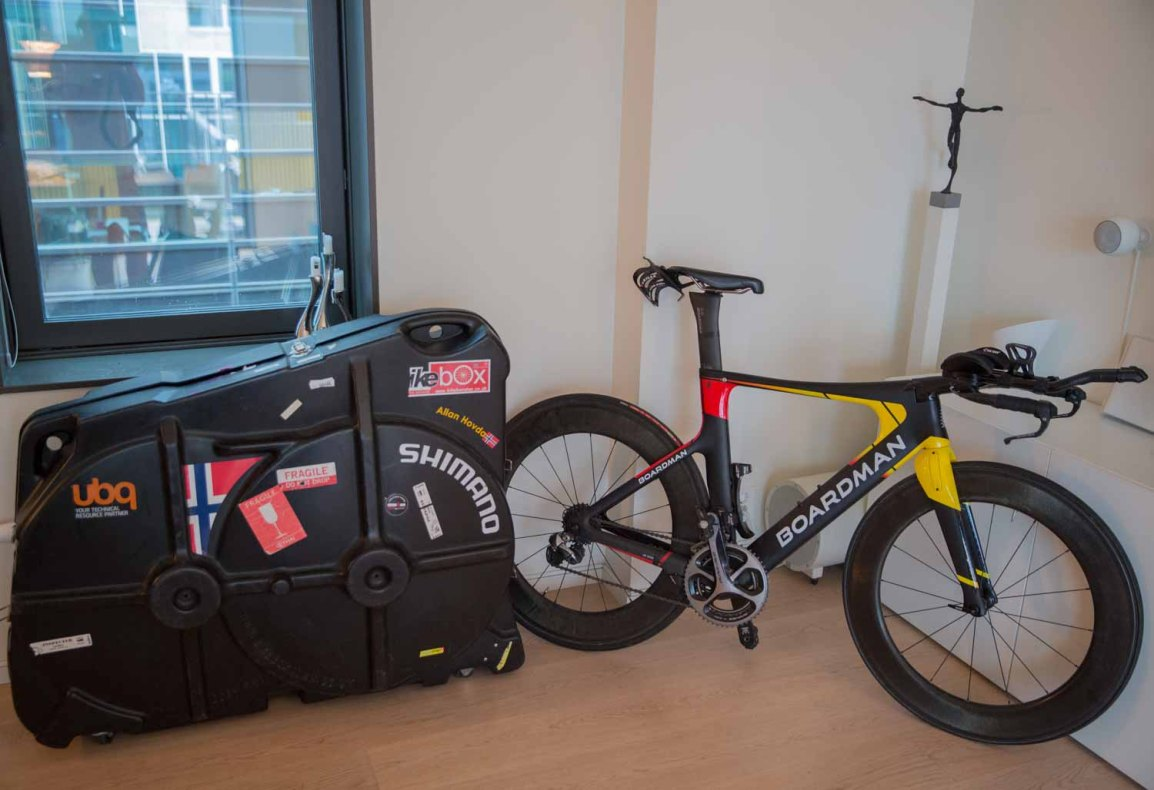 The traveling triathlete – part 1 – bicycle suitcase