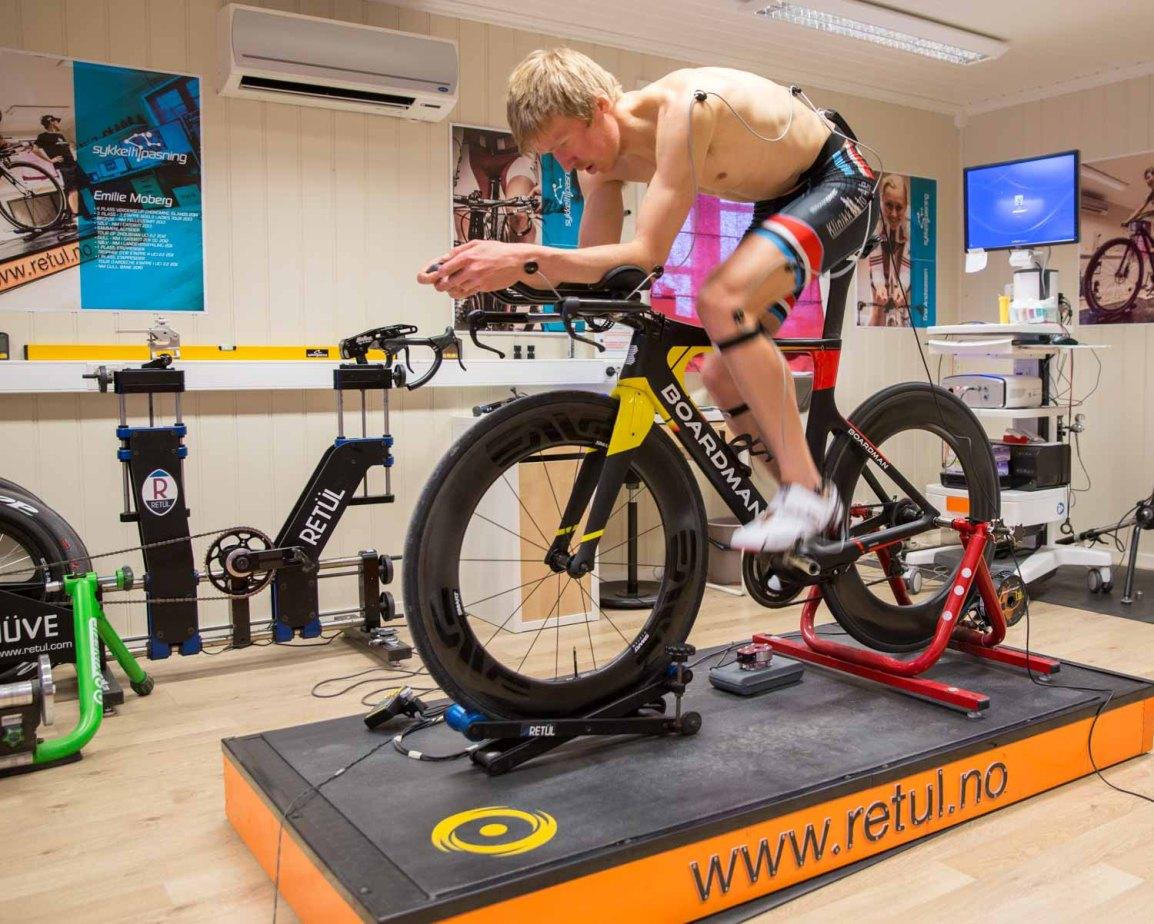 Riktig sittestilling på triatlonsykkel? Min erfaring med Sykkeltilpasning