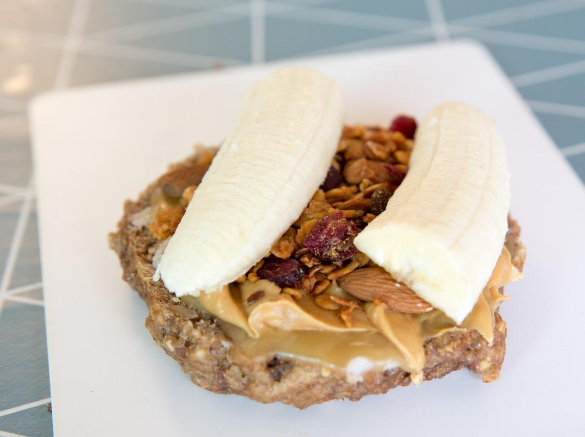 Baker Hansen muslibolle - triallan - allan hovda - peanøttsmør, honning, banan, musliblanding - ernæring for sykkeltur-2